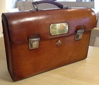 An Suberb Vintage Leather Briefcase