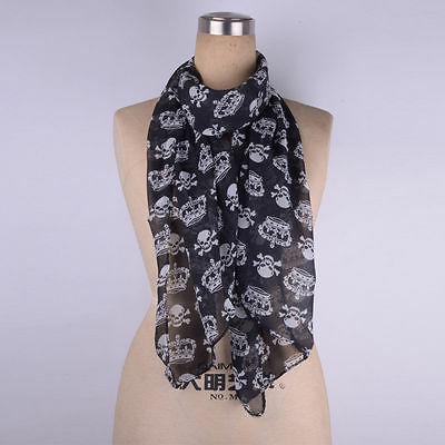 Bnwt Ladies Neck Scarf Black  With Crown And Skull Pattern  Black/white