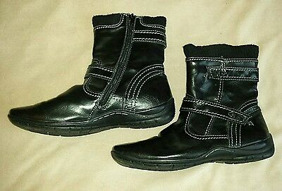 Womens black leather Pavers ankle boots size 7