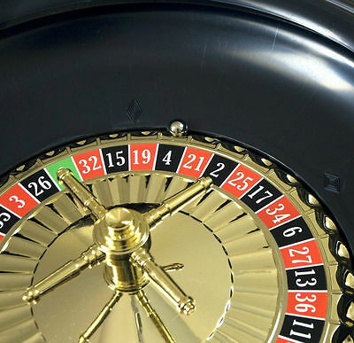 """10"""" Roulette Boxed Full Party Set"""
