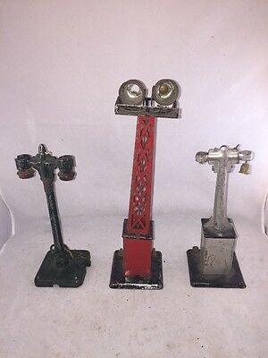 Vintage Lionel Train Light Features Light Tower Lamp Posts For Parts/Restore