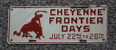 Vintage Wyoming Cheyenne Frontier Days License Plate Topper