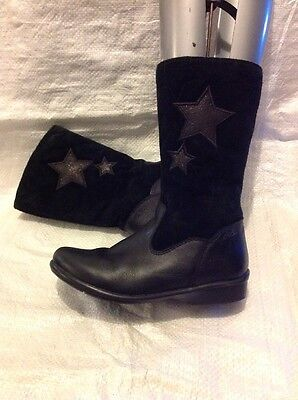 Clarks Kids Boots Size 11 F Black Leather