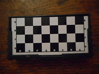 Travel Chess Set Game Boxed Miniature Pocket Size Brand New Gift