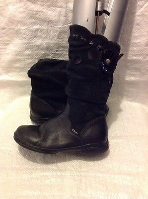 Clarks Kids Boots Size 11G Black Leather