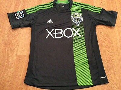 Seattle Sounders Kids Football top age 11-12 New