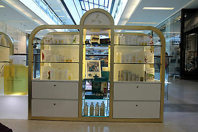 Shelving Unit for Retail or Pop up store display
