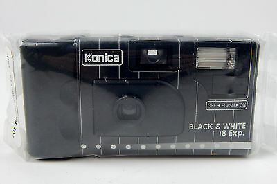 NEW Konica ISO400 Black & White Cameras W/Flash 18 Exp New Sealed Disposable