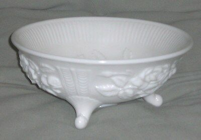 Very Nice Imperial Glass Milkglass Rose Patterned 3 Footed bowl