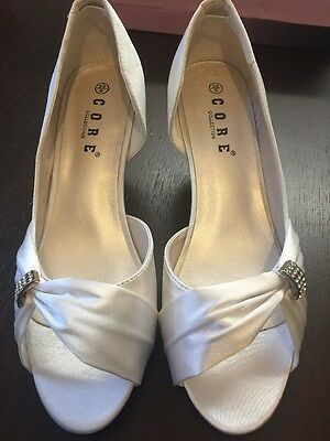 Ladies Wedding Shoes Size 6 Brand New Pure White Satin