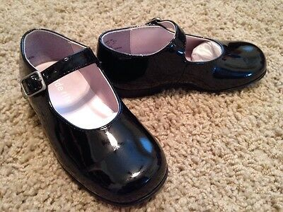 EEUC Toddler Girls Stride Rite Black Patent Mary Janes size 8W