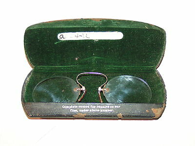 Pinch Nose Vintage Eye Glasses with Case
