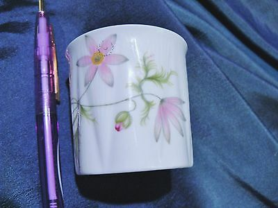 Shelley DAINTY WILD ANEMONE Toothpick/Matches Holder  So delicate!