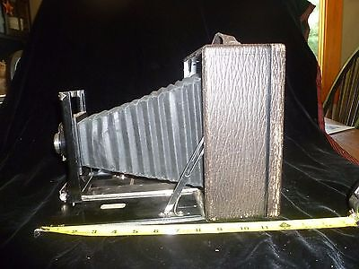Vintage 5 x 7 Seneca View Camera with Wooden Film Holders