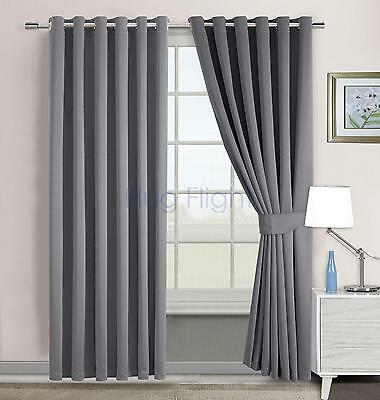 Hug Flight Modern Luxury Velvet Eyelet Curtains Ring Top Fully Lined
