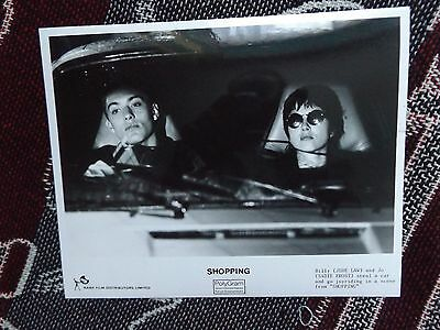 """10"""" x 8"""" PRESS PHOTO - SHOPPING - JUDE LAW SADIE FROST - RANK POLYDOR"""