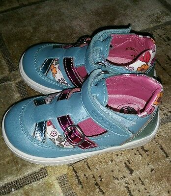 chaussure bebe fille 21