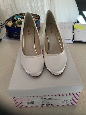 Florence ivory black heels wedding shoes by Rainbow club, size 4.5
