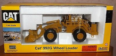 Norscot 55115 Cat 992G Wheel Loader 1:50 Scale Pre-Owned Boxed