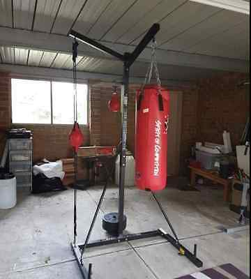 BOXING BAG FITNESS GYM STATION/STAND/Speed bag/Punch Dodgeball/MMA/Kick boxing