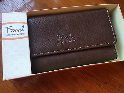 Brand New FOSSIL Leather Ladies Wallet