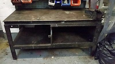 Large Heavy Duty Workbench With Vice