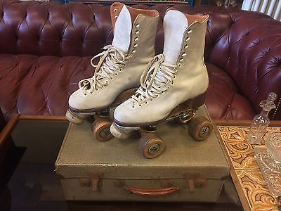 VINTAGE LADIES HAMACO GATE ROLLER SKATES WITH FITTED WHITE BOOTS 1950s