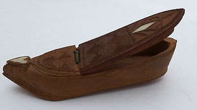 Antique Carved  Wooden SHOE or SLIPPER SNUFF BOX inlaid Heart & Diamond UNUSUAL