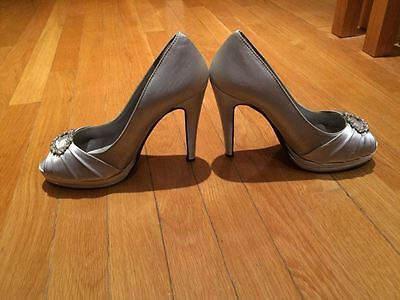 dyeable shoes SILVER OPEN TOE SIZE 9 PUMPS RHINESTONE EMBELLISHMENT SANDALS ysl