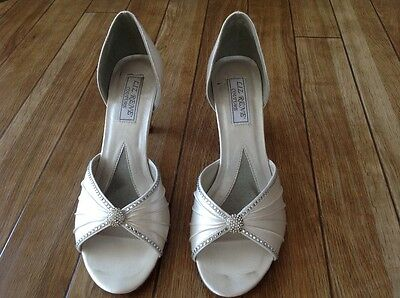 Wedding shoes, off white size 8