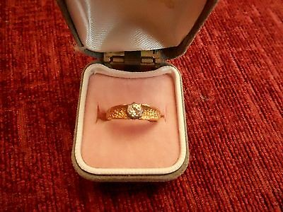 Vintage (2.8 Gram) Fully Hallmarked 18Ct Gold Solitaire Diamond Ring (Size K/l)
