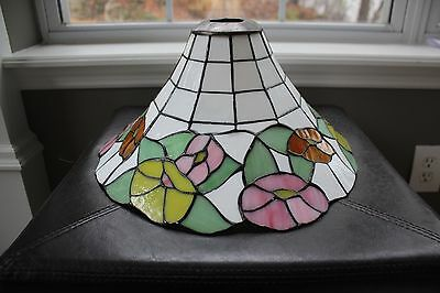"""Vintage TIFFANY STYLE STAINED GLASS (Plastic)LAMP SHADE, FLOWERS - BEAUTIFUL 14"""""""