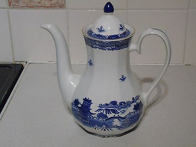 Ringtons Willow Pattern Tea/Coffee Pot by Wade Ceramics