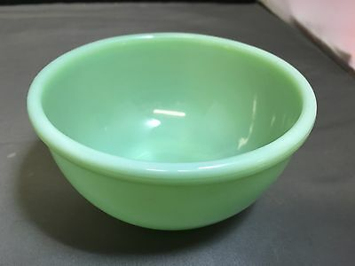 RARE -- Fire King Jadeite Jadite Beaded / Rolled Edge Small Mixing Bowl - 4 3/4""