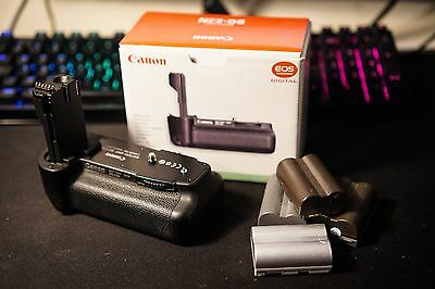 Genuine Canon BG-E2N battery grip with 4x BP-511A batteries (1 Canon, 3 Others)