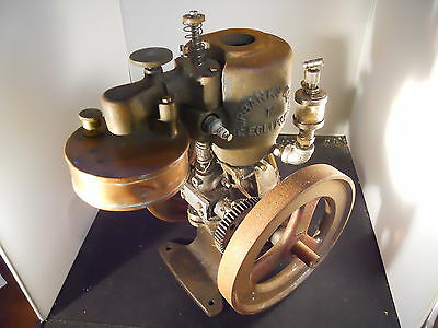 "Fairbanks Morse Water Cooled Vertical Model Engine 7"" Flywheels"
