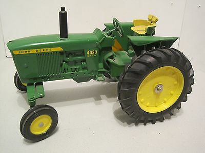 JD 4020 Toy Tractor