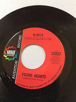 YOUNG HEARTS  GIRLS SWEET SOUL SHAKIN' MINIT RECORDS 32057 RED LABEL NM w/Sleeve