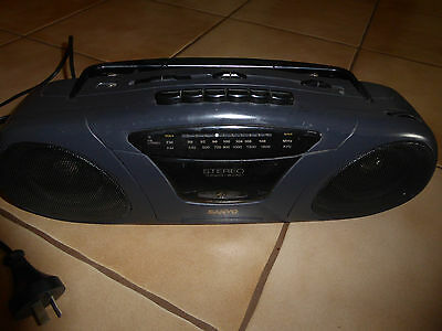 SANYO Stereo  AM/FM Radio/Cassette Player Model M7031F