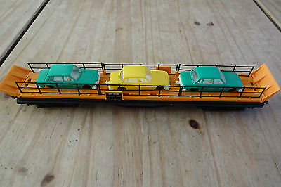 Hornby R.126 Car Transporter with Cars & Guard Rails