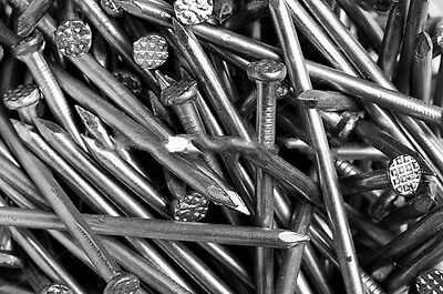 """New 200g Quality General Use Nails Round Head ¾ -1-1.5"""" Metal Wire DIY Fixings"""