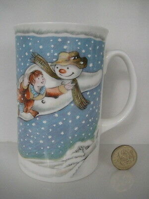 VINTAGE ROYAL DOULTON SNOWMAN WALKING IN THE AIR TEA COFFEE MUG 1st QUALITY UK