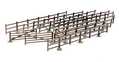 DAPOL C023 Fences & Gates 00/HO Plastic Model Kit for Model Railway etc.