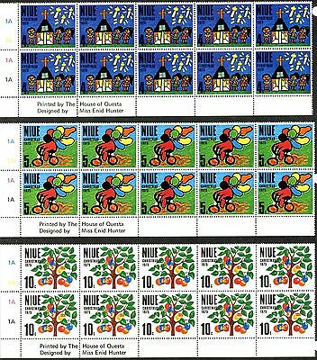 NIUE Sc#174-176 1975 Christmas Issue Lot of 10 Complete Sets OG Mint NH