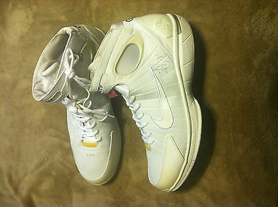 Nike Air Pro City Basketball Shoes Autographed by Randalph Morris Size 17