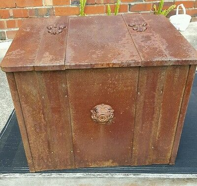 Viontage Metal and Timber Wood Box made in England