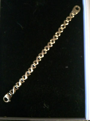 9Ct Gold Bracelat With Unusual Links