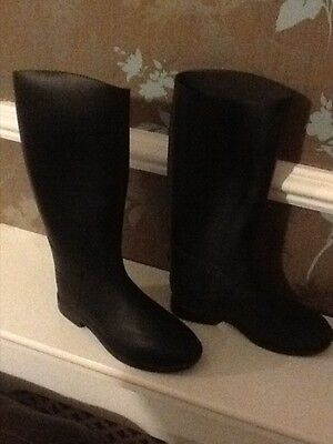 Childrens Black Riding Boot Size 2 by Decathlon (not leather)