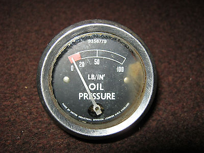 smiths oil pressure gauge,0-100 lb/in...used but working