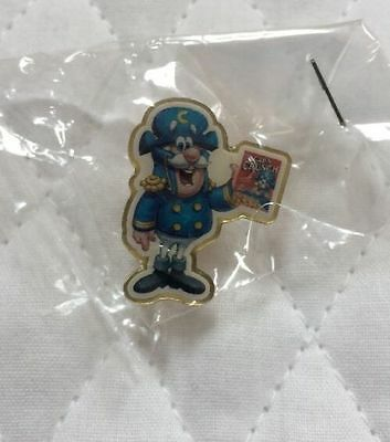 Quaker Oats Cap'n Crunch Lapel Pin